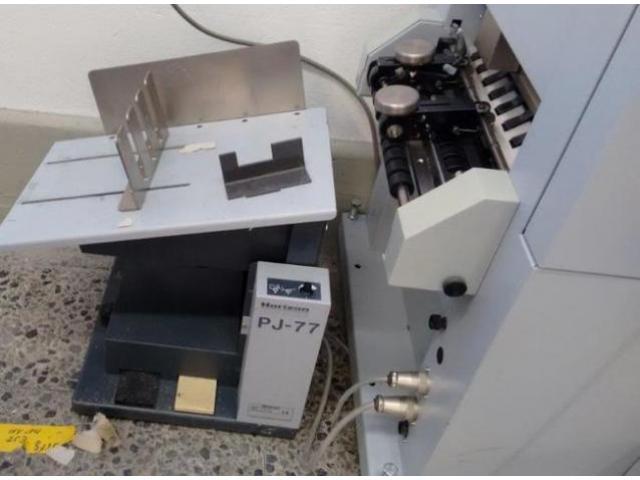 Horizon VAC 100 a Saugluft-Zusammentragmaschine - 3
