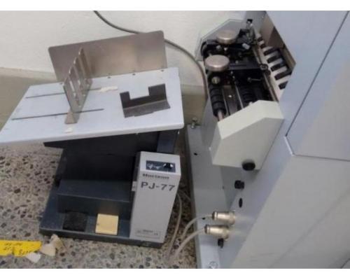 Horizon VAC 100 a Saugluft-Zusammentragmaschine - Bild 3