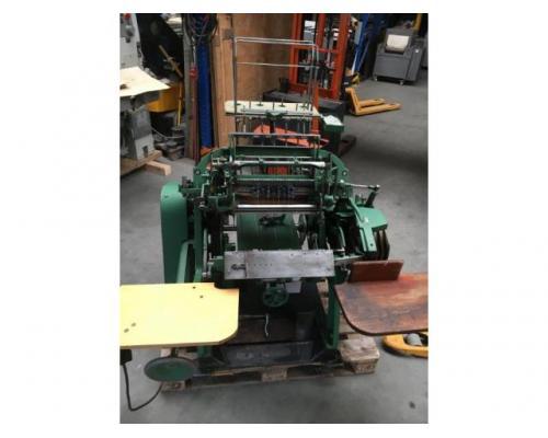 Brehmer 39 3/4-2 halbautomatische Buchblock-Fadenheftmaschine - Bild 2