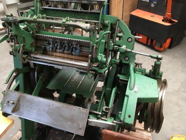 Brehmer 39 3/4-2 halbautomatische Buchblock-Fadenheftmaschine - 3