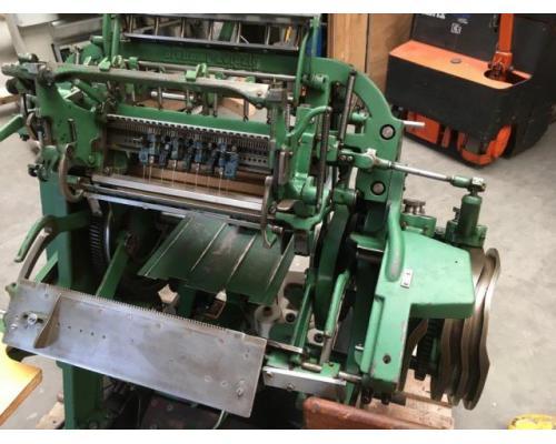 Brehmer 39 3/4-2 halbautomatische Buchblock-Fadenheftmaschine - Bild 3