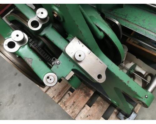 Brehmer 39 3/4-2 halbautomatische Buchblock-Fadenheftmaschine - Bild 9
