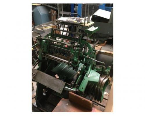 Brehmer 39 3/4-2 halbautomatische Buchblock-Fadenheftmaschine - Bild 11