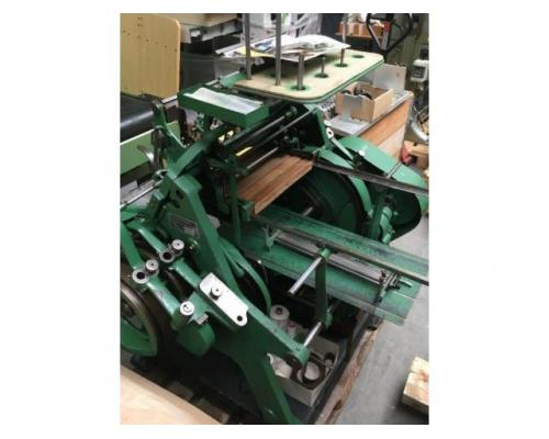 Brehmer 39 3/4-2 halbautomatische Buchblock-Fadenheftmaschine - Bild 13