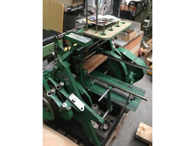 Brehmer 39 3/4-2 halbautomatische Buchblock-Fadenheftmaschine - 15