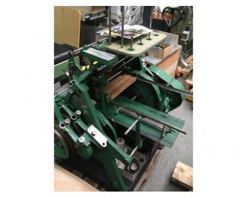Brehmer 39 3/4-2 halbautomatische Buchblock-Fadenheftmaschine - Bild 15