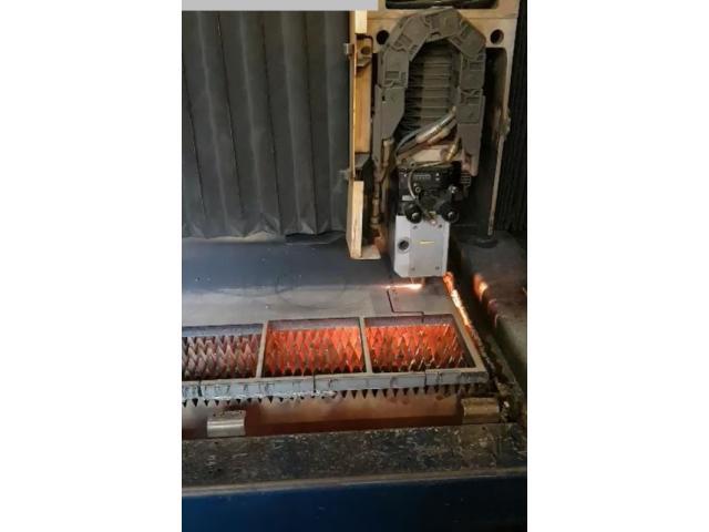 TRUMPF Trumatic L 3030 Laserschneidmaschine - 8