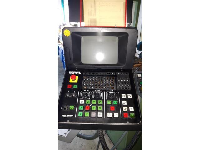 Universal-Fräs- und Bohrmaschine DECKEL FP 4- 60 T - 6