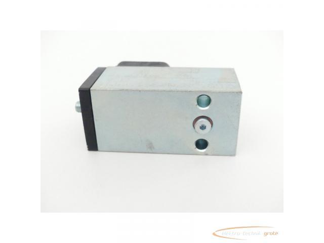 DRS 70 B Druckschalter 10 - 70 bar G 1/4 (IG) / Flansch - 5