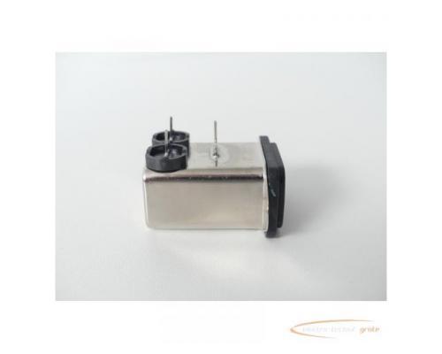Schaffner FN9226B-1-02 Gerätestecker 250V - ungebraucht! - - Bild 5