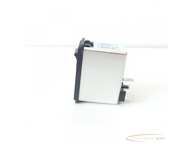 Schaffner FN286B-6-06 Gerätestecker mit Schalter 110/250V - ungebraucht! - - 6