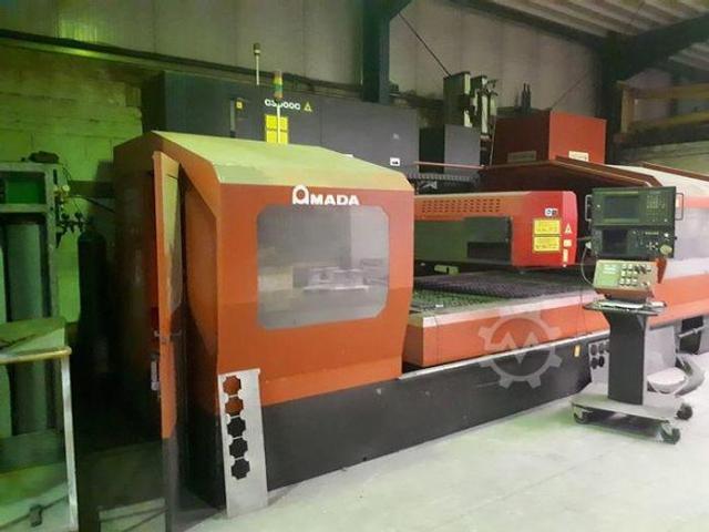 Amada LC3015D CNC Laserschneidanlage mit 4 gesteuerten Achsen - 1