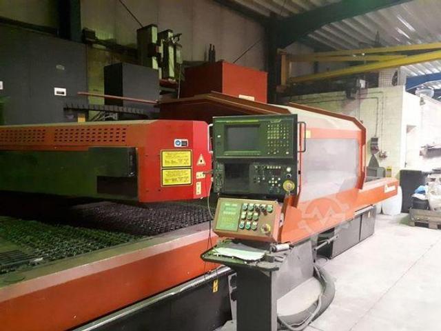 Amada LC3015D CNC Laserschneidanlage mit 4 gesteuerten Achsen - 2