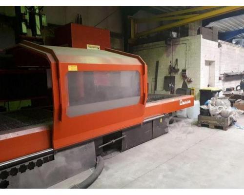 Amada LC3015D CNC Laserschneidanlage mit 4 gesteuerten Achsen - Bild 3
