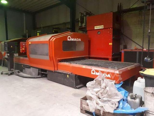 Amada LC3015D CNC Laserschneidanlage mit 4 gesteuerten Achsen - 4