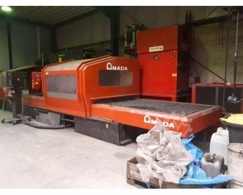 Amada LC3015D CNC Laserschneidanlage mit 4 gesteuerten Achsen - Bild 4