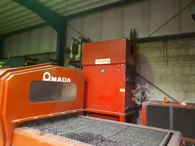 Amada LC3015D CNC Laserschneidanlage mit 4 gesteuerten Achsen - 5