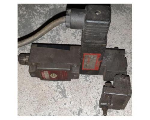 Euchner NZ1VZ-528-B3 Sicherheitsschalter - Bild 1