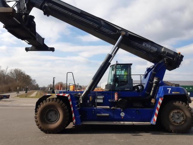 Kalmar DRG420-60S5 Reach Stacker 42000kg - 2
