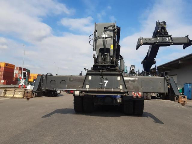 Kalmar DRG420-60S5 Reach Stacker 42000kg - 6