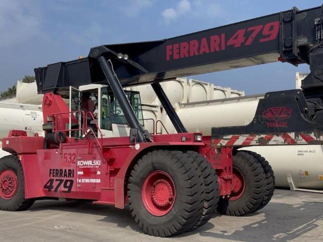 CVS Ferrari F479.5 Reach Stacker 45000kg - 1