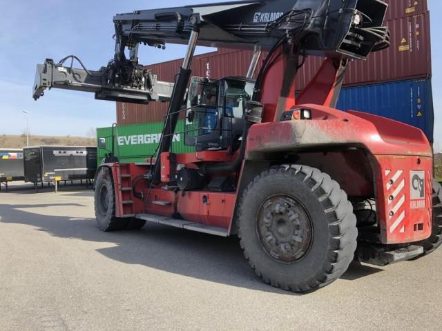 Kalmar DRG450-65S5X Reach Stacker 45000kg - 2
