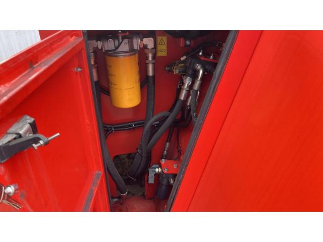 CVS Ferrari F500RSE Reach Stacker 12000kg - 9