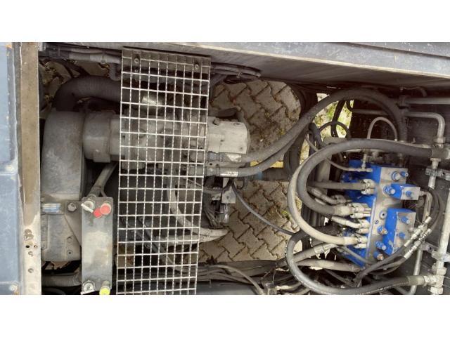 CVS Ferrari F500RSE Reach Stacker 12000kg - 7