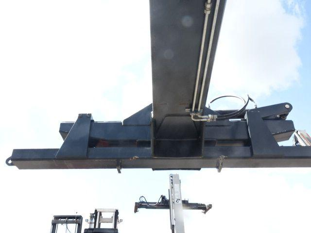 *Sonstige Container Mover Containerstapler 28000kg - 2