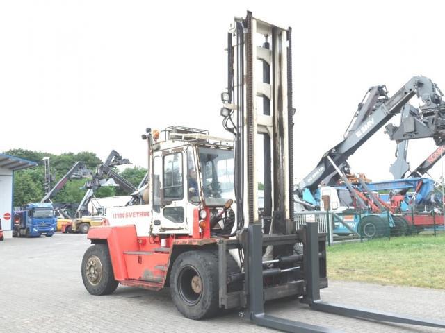 Svetruck 13.6-120-32 Gabelstapler 13600kg - 1