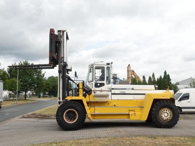 Svetruck 37120-54 Gabelstapler 37000kg - 2