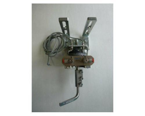 Schwenkantrieb EMD EE620702 pneumatisch federrücks.mit Kugelhahn - Bild 9