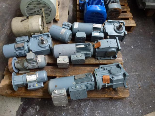 24 Elektromotore, Getriebemotore, Gleichstrommotore, Stellantrieb, 3 Kreiselpumpen 65W-18,5kW im Pak - 2