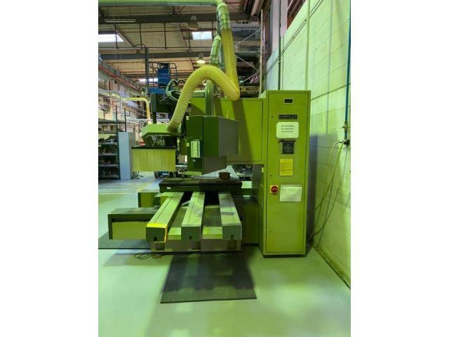 Oberfräsautomat CNC 35 - 2