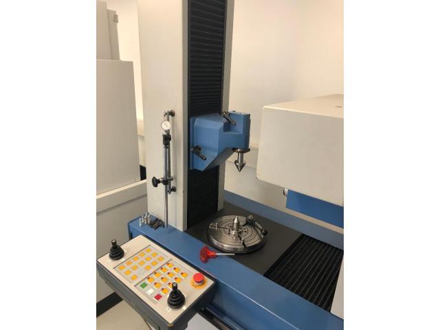 CNC - gesteuertes Mehrkoordinaten - Zahnradmesszentrum Nr. 35 EMZ 402 - 10