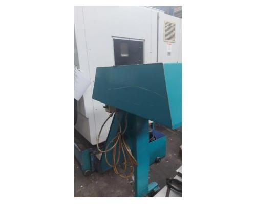 CNC Vertikal Bearbeitungszentrum VTC -30 C - Bild 5