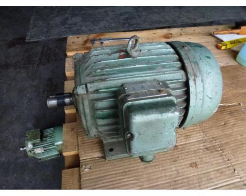 Elektromotor Evic MSZ 152 220/380 V 4,0 kW 14401/min Welle 24 mm - Bild 1