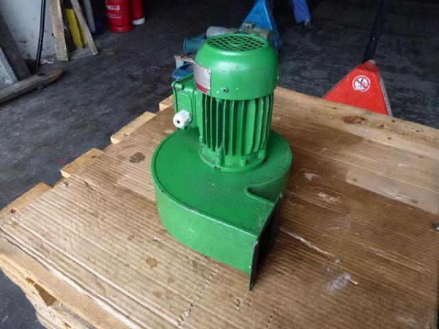Elektromotor Evic MSZ 152 220/380 V 4,0 kW 14401/min Welle 24 mm - 4
