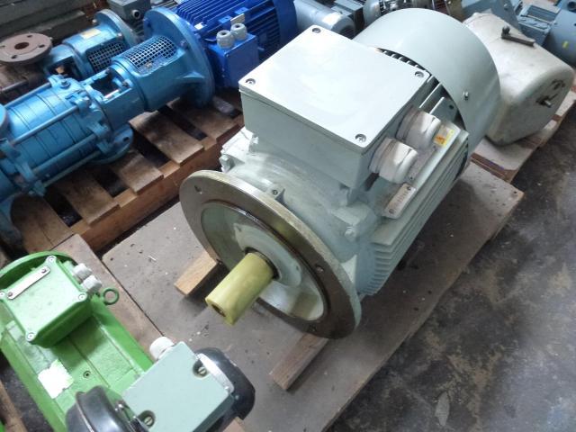 Elektromotor Evic MSZ 152 220/380 V 4,0 kW 14401/min Welle 24 mm - 12