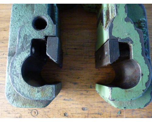 Verlängerung D = 45 mm für Spritzaggregat Arburg 320 - Bild 7