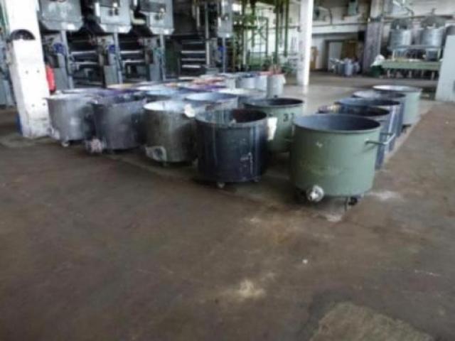 10 Farbmischkübel Mischkessel Rührwerksbehälter Drais 300l rollb. - 1