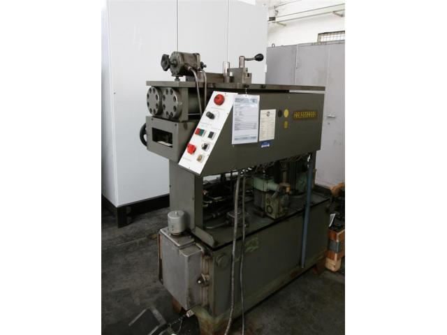 VEB POLYGRAPH Profilbiegemaschine HBX 196471 - 1
