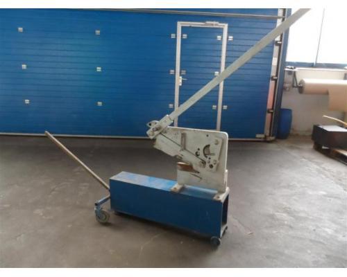 Nossener Maschinenbau Profilstahlschere ScDH10 - Bild 1