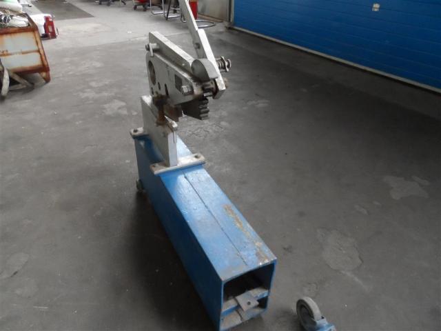 Nossener Maschinenbau Profilstahlschere ScDH10 - 2