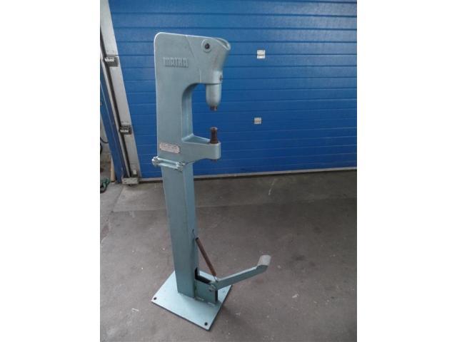 Matra Werke Nietmaschine 3213.00000.020 - 2