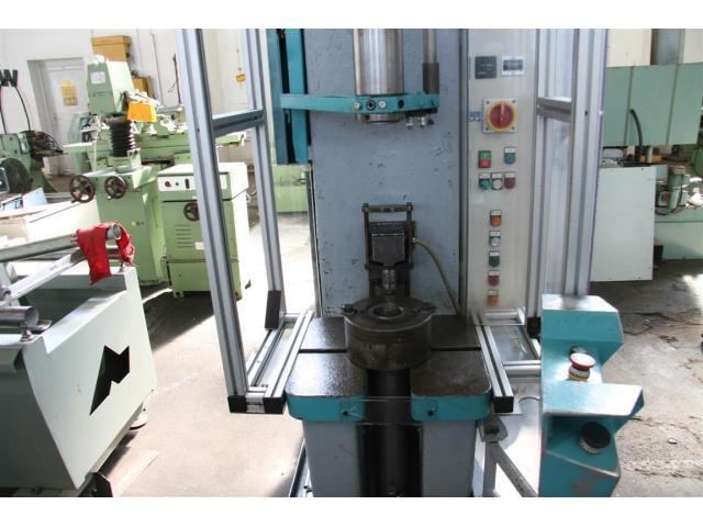 EITEL Einständerpresse - Hydraulisch P25B - 4