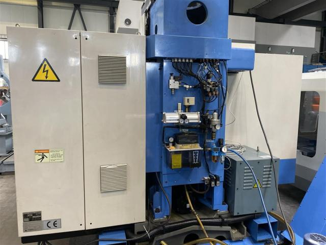 Hyundai Bearbeitungszentrum - Vertikal SPT-V100 - 2