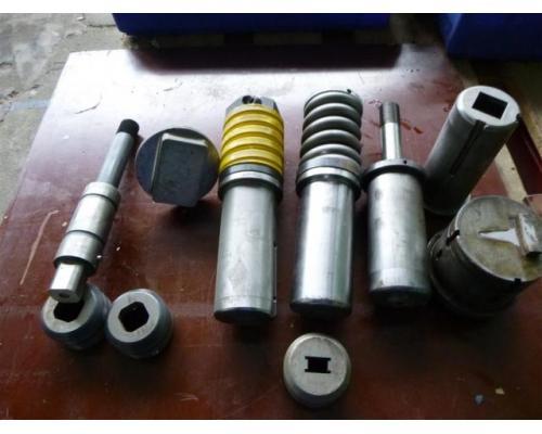 Salvagnini Abkantwerkzeuge div. Werkzeugformen - Bild 4