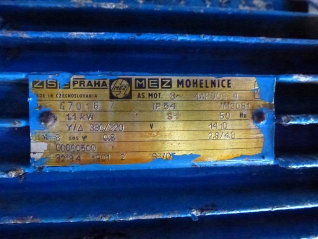 Flanschmotor ZSE Praha 3~ 4AP90S-4 380/220V 1,1KW 1141U - 4