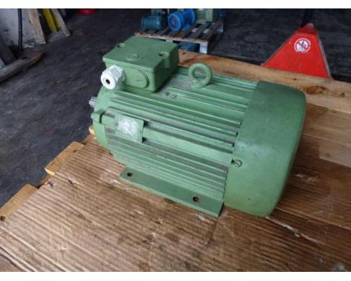 Flanschmotor ZSE Praha 3~ 4AP90S-4 380/220V 1,1KW 1141U - Bild 5